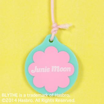 Junie Moonie Cutie010 Credit