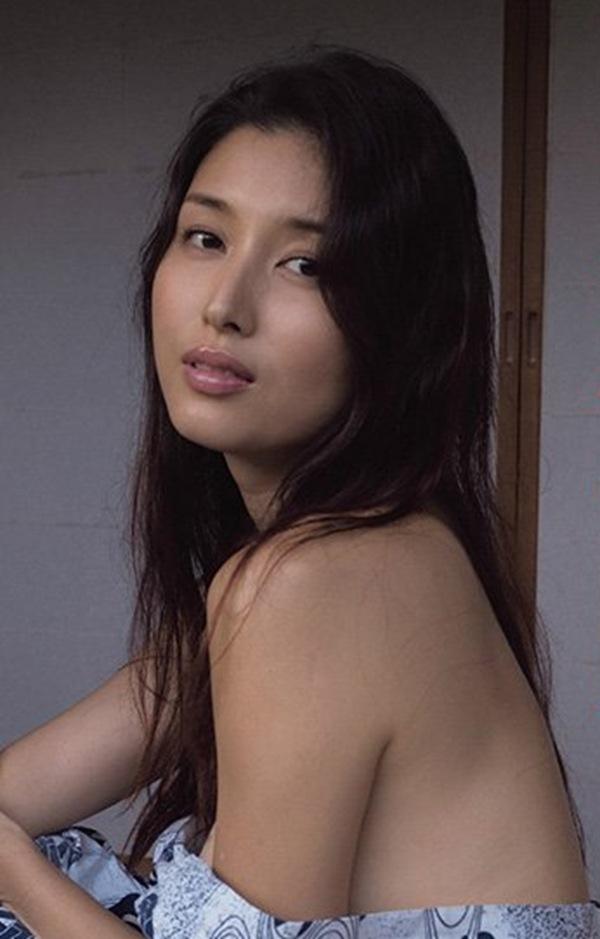 【橋本マナミ】