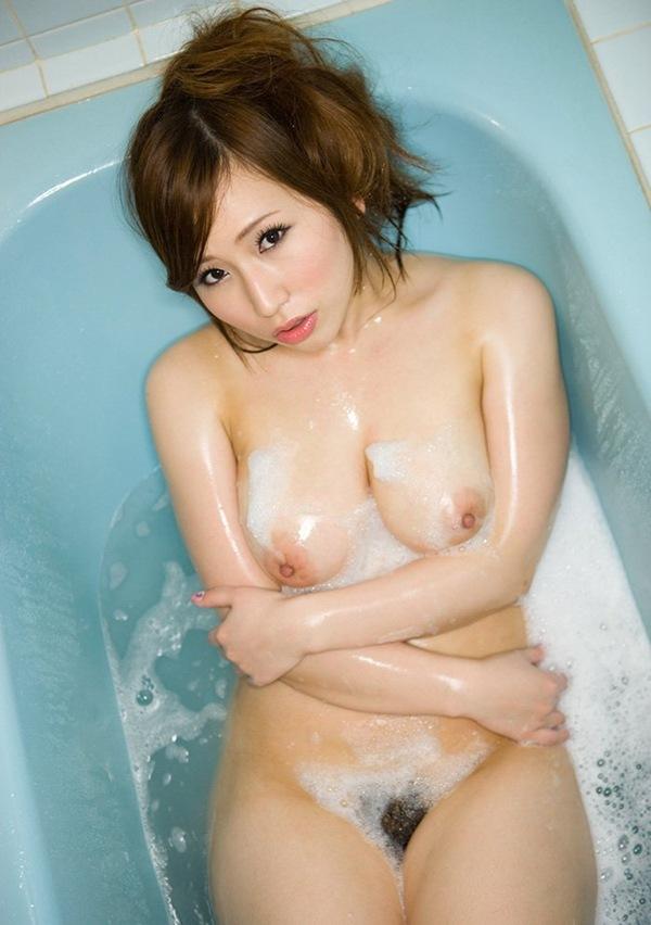 【佐山愛】萌える全裸ヌードから巨乳おっぱい