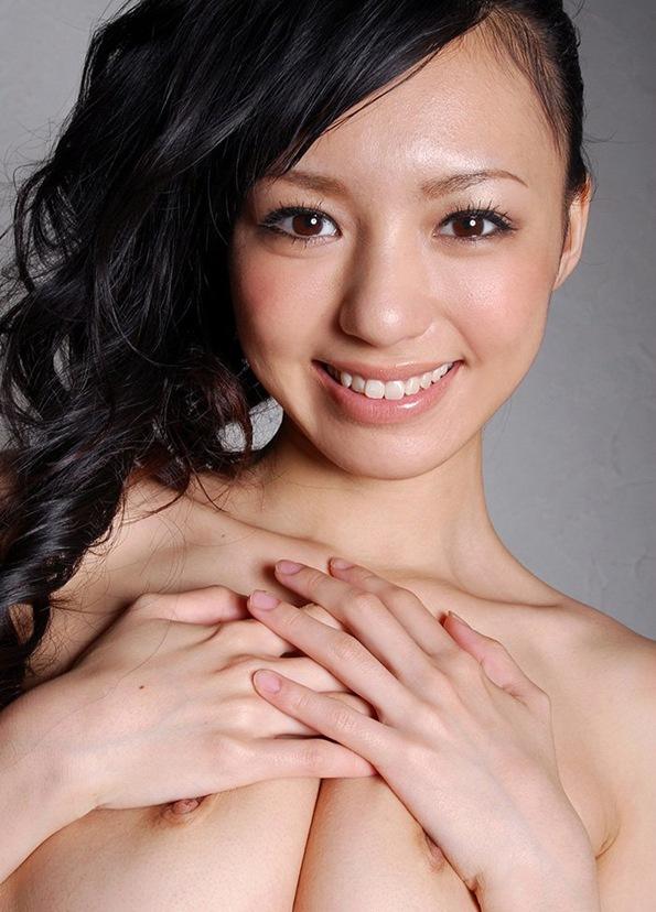 【希志あいの】全裸ヌードから美乳おっぱい乳首