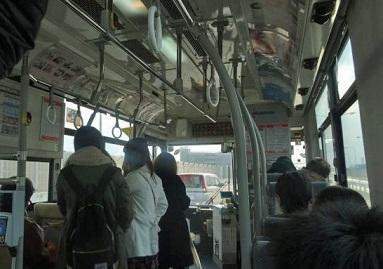高速を走る西鉄路線バス
