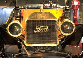 T型フォードのアセチレンヘッドランプ