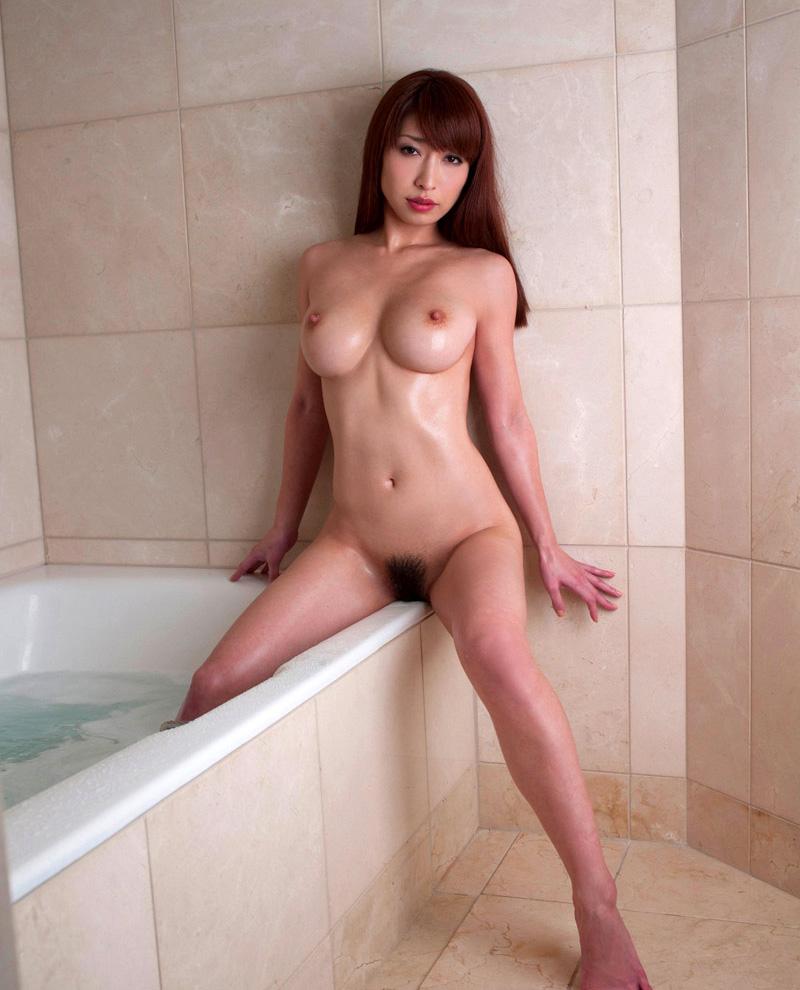 【No.19360】 Nude / 佳山三花