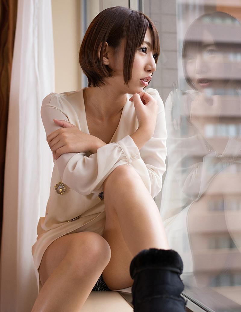 【No.23120】 横顔 / 乙葉ななせ
