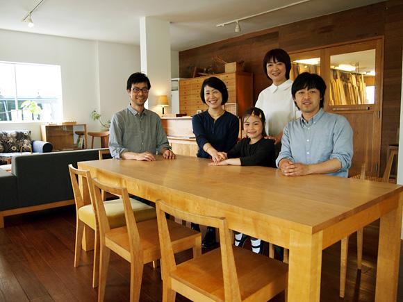 0521holly-wood_buddy_furniture012.jpg