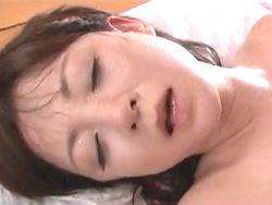 小森愛:真昼間から夫と汗だくセ○クス