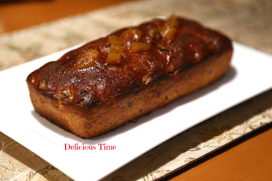 ラム酒まみれの干し柿のケーキ
