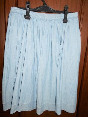 無印のギャザースカート