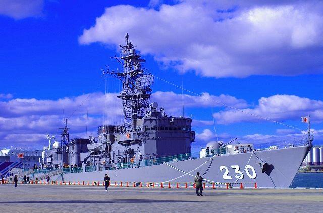 護衛艦 神通(じんつう)DE230