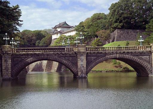 1280px-KokyoL0059.jpg