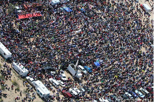 TeaPartyRally_-_Searchlight,_Nevada
