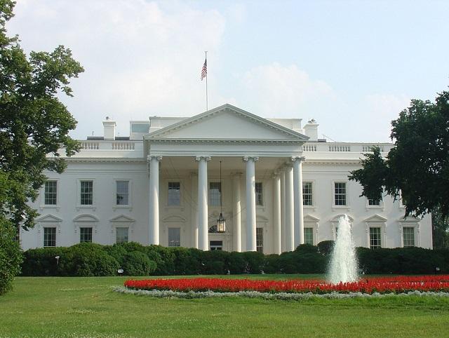 ヒラリーが認める、『ホワイトハウスの売春婦』