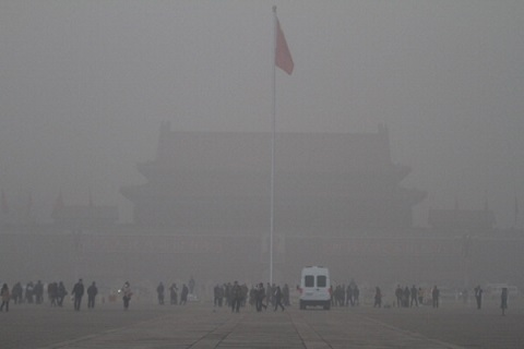隠されている中国GDPの「半減」