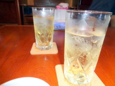スコッチウイスキーのソーダ割り
