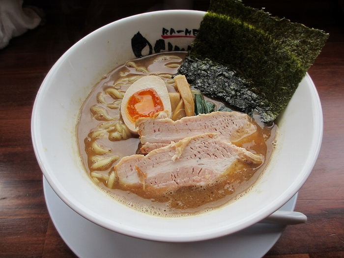 おぎかわ山ノ下 魚豚Wスープ