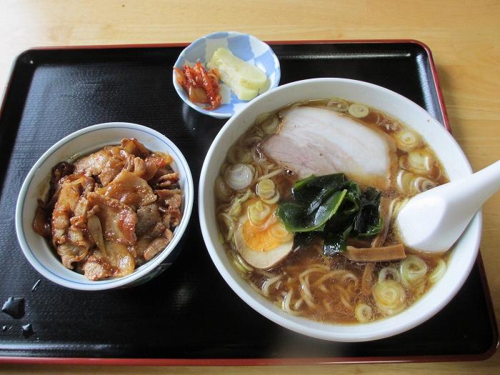 三日月 サトイモ麺小丼セット