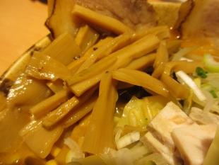 麺や力 みそ特製 具 (2)