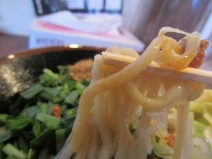 風天 汁無辛肉マゼソバ 麺