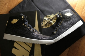 AIR JORDAN 1 Retro High Pinnacle