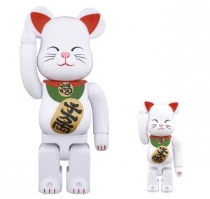 招き猫 白 弐 ベアブリック