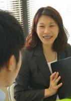 心のケアと法律であなたを守る 夫婦専門行政書士 飯野道子