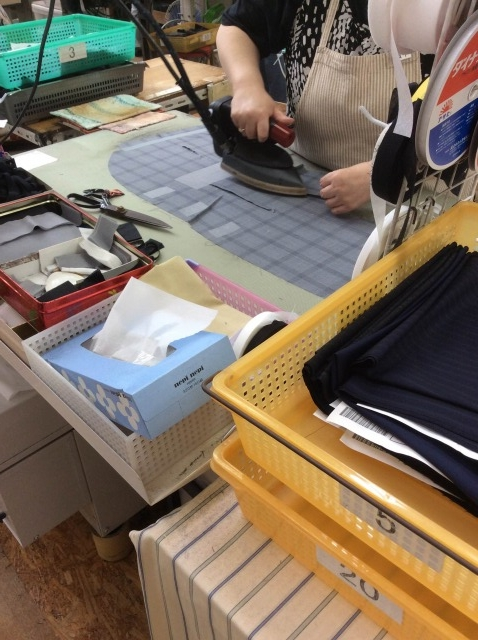オーダースーツ名古屋 ビスポークスーツ