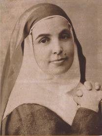 聖女アンジェラ1